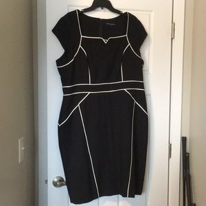 Dorothy Perkins black and cream piped dress